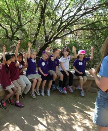 Scottsdale Country Day School class on a field trip