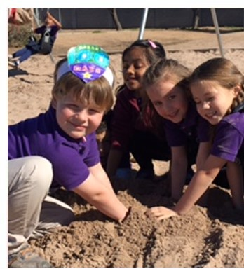 Scottsdale Country Day School is a family owned and operated charter school serving Kindergarten  through grade 6. It is our goal to expand the boundaries of individual potential.